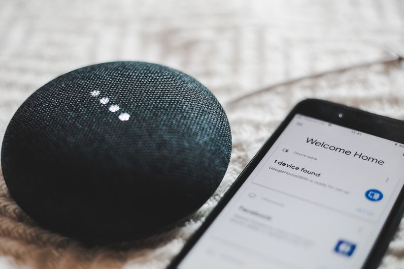 Google home-10 IoT Devices that are Smartifying Human Lives